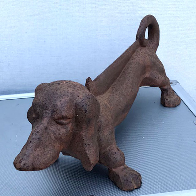Dachshund Cast Iron Boot Scarper