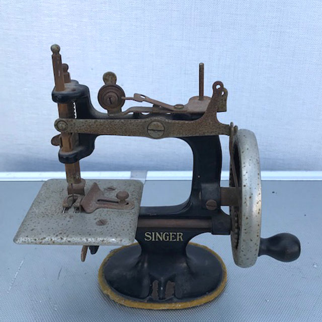 Toy Singer Sewing Machine Turn Of The Century