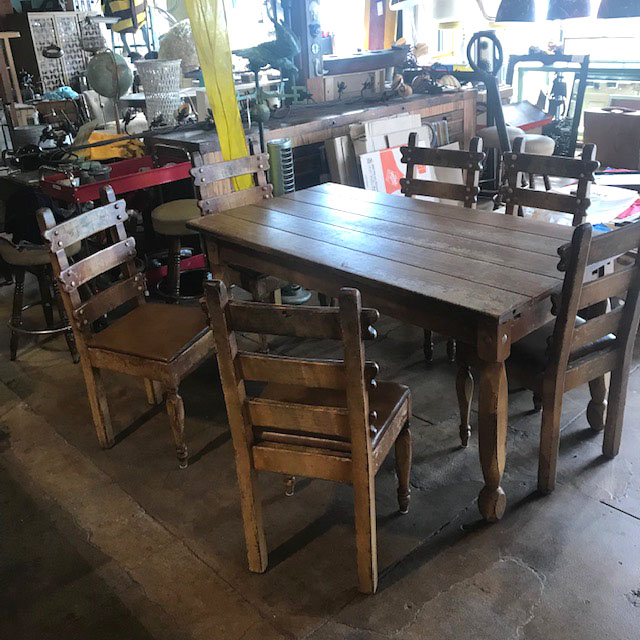 Rustic Farm Table With 6 Chairs